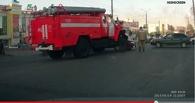 ДТП в Омске: «десятка» не пропустила пожарную машину, ехавшую к горевшей многоэтажке