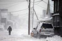Число жертв сильного снегопада в США достигло 15