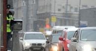 В Омске пассажирский автобус столкнулся с легковушкой, двое пассажиров пострадало