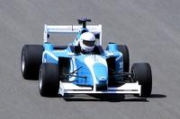 В шкуре Шумахера: пилотируем гоночную «Формулу» на арабском треке
