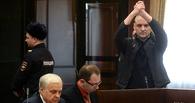 Оппозиционер Сергей Удальцов объявил бессрочную голодовку