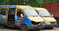 В Омске неизвестные разгромили стоянку маршруток