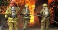 В Омске для тушения пожара привлекалось 13 огнеборцев