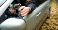 В Омске два водителя не поделили дорогу — произошла перестрелка