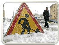 В Омске после снегопада вновь пришлось очищать ливневки