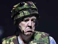 Ведущего Top Gear Джереми Кларксона в Москве расстреляли и высмеяли