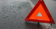 В Омске иномарка врезалась в пассажирскую «маршрутку»