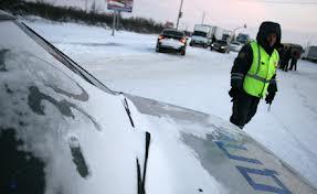 На трассах под Омском ГИБДД обещает помогать дальнобойщикам