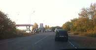 В Омске на Красноярском тракте столкнулись ВАЗ с иномаркой