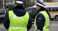 В лобовом столкновении двух легковушек в Омске были ранены три человека