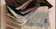 В Омской области у пьяного мужчины собутыльники украли 70 тысяч