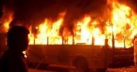 Автобус в Омске загорелся из-за замыкания электропроводки
