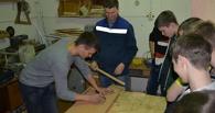 В Омске на уроке труда ученик пробил однокласснику лоб молотком