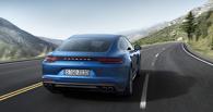 550 сил за 10 миллионов: новую Porsche Panamera научили видеть в темноте