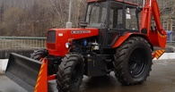 В Омске тракторист случайно убил ковшом трактора работодателя