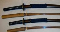 В Омске у пенсионера похитили набор японских мечей