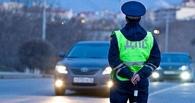 В Омске водитель джипа чуть не убил инспектора ГИБДД
