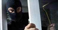 В Омске рецидивист ограбил рыболовный магазин