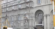 Фоторепортаж: во время реконструкции зданию «Саламандры» добавили этажность