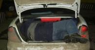 В Омской области пьяные рецидивисты катались на «шестёрке» с пожилым мужчиной в багажнике