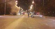 В горевшем в центре Омска «ЗИЛе» получили травмы четверо рабочих