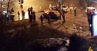 Неудачный поворот: в Омске ВАЗ столкнулся с Toyota Corolla