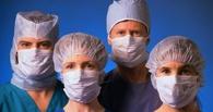Назаров обещает молодым врачам из Украины по миллиону рублей