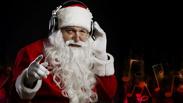 Корреспондент Om1.ru выяснил, сколько стоит Дед Мороз