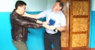 Помощник Шушубаева, избивший омского журналиста, может сесть на 6 лет – Карымов