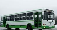 С омских дорог уберут 26 частных маршрутов, чтобы спасти муниципальный транспорт