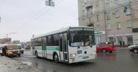 Маршрутчиков будут штрафовать на 3000 рублей за высадку омичей вне остановок
