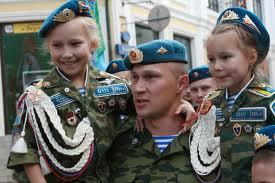 День ВДВ омские десантники отмечают автопробегом