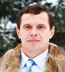 В Омской области директора похоронной конторы нашли на кладбище