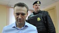 Суд допросил потерпевшего по делу Навального: «Оснований не доверять обвинению нет»