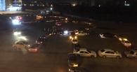 В Омске машины такси выстроились в огромное сердечко