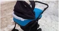 Ребенок, который получил травму при падении снега с крыши, отпущен домой