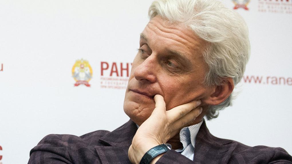 Олег Тиньков решил реализовать акции своего банка на $236 млн
