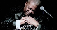 Скончался легендарный блюзовый музыкант Би Би Кинг