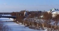 Город без детей: на дорогах Омска внезапно стало свободно