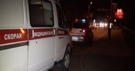 В Омске ночью мужчину ударили в голову так, что его пришлось увезти на «скорой»