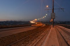 Омским водителям запретят поворачивать на Горбатый мост с Сыропятской