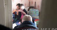 В Омске наркоман взял в заложницы 13-летнюю девочку, требуя героин - ФОТО