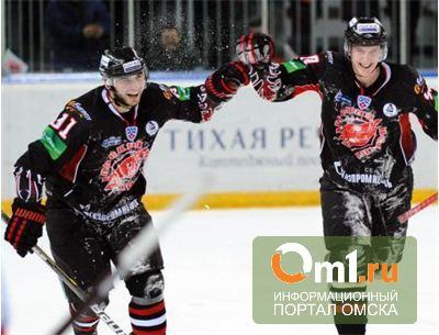 Калинин и Пивцакин продлили контракты с «Авангардом»