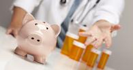В омской больнице врач и медсестра отбирали зарплаты у коллег