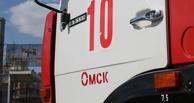 Ночью в Омске загорелась жилая пятиэтажка