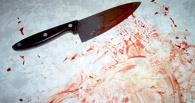 Молодая омичка зарезала 66-летнего сожителя и спряталась в кладовку
