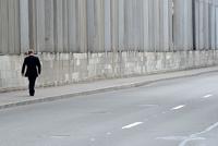 Видео дня: грустный Путин прошел по пустому Петербургу