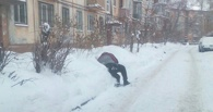 Утром 1 января на улицах Омска валялись пьяные мужчины