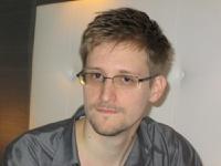 Сноудену предоставили временное убежище в России
