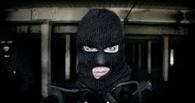 В Омске неизвестный с ножом напал на кассира ломбарда и забрал 118 тысяч